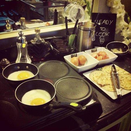 Hotel Design Sorbonne: завтрак