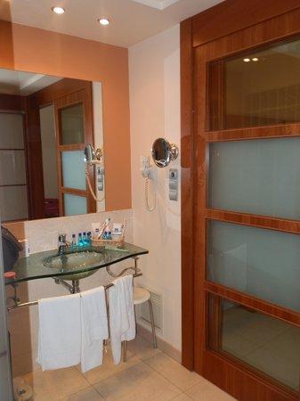 Hotel Miami Mar: baño