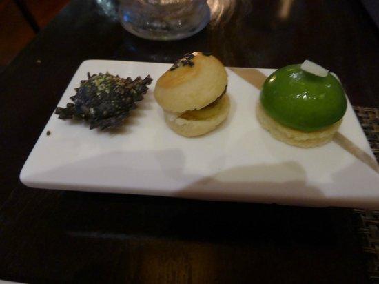 Castle Terrace Restaurant: Canape: salt cod barbajuan, caper and cumin burger, and Caesar salad