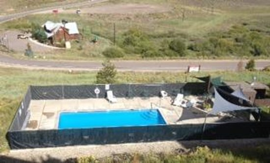 The Mountainside at Silver Creek: small heated pool below our unit