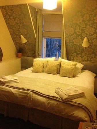 Canadale Guest House: Habitación