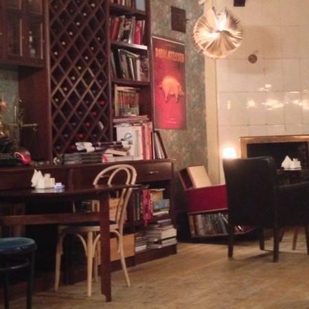 Delicatessen: Informal frat style bar / restaurant