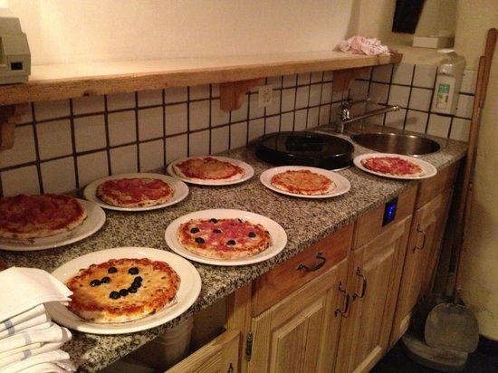 Hotel Arc-en-ciel: Kinderpizzas