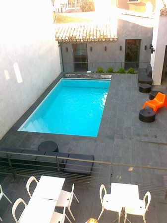 Hôtel Octroi: piscine