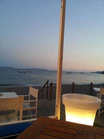 Grand Hotel Moriaz: la terrasse le soir