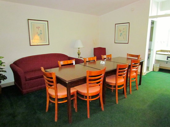 Colony House Motor Lodge : Small Conference Room