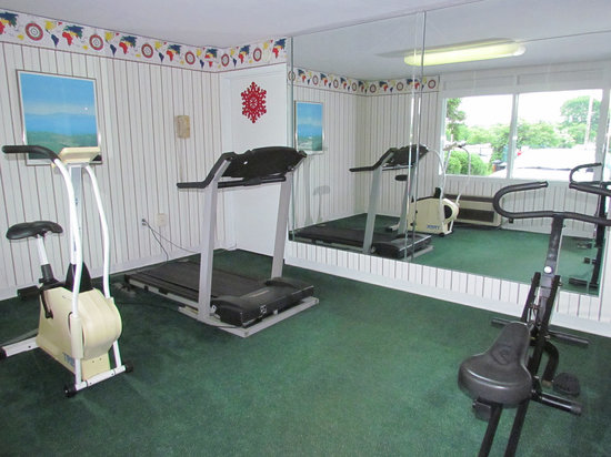 Colony House Motor Lodge : Exercise Room