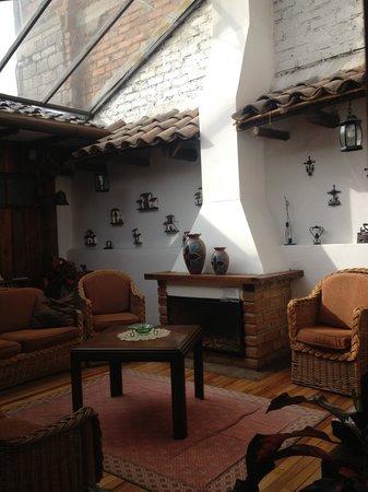 Casa Ordonez: Upstairs living room