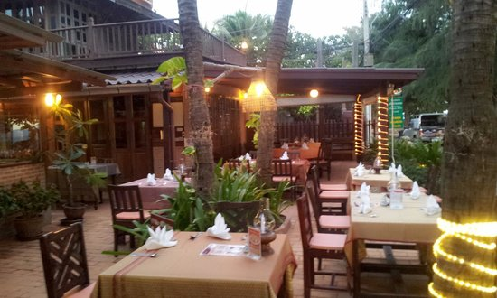 The grill house restaurant photo de rabbit resort - The grill house restaurant ...