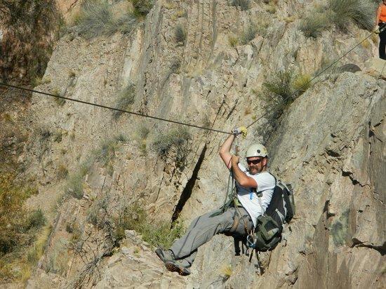 Hotel & Spa Termas Cacheuta: Horacio tirandose en tirolesa