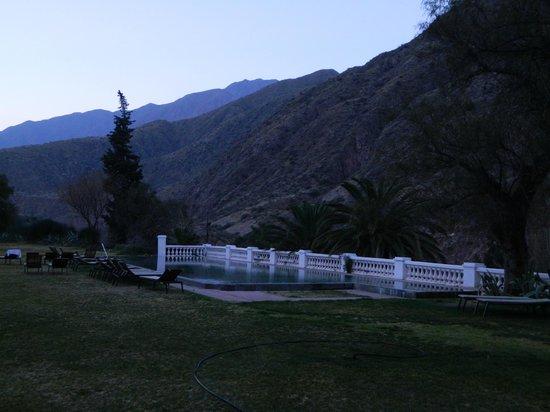 Hotel & Spa Termas Cacheuta: la pileta de agua termal