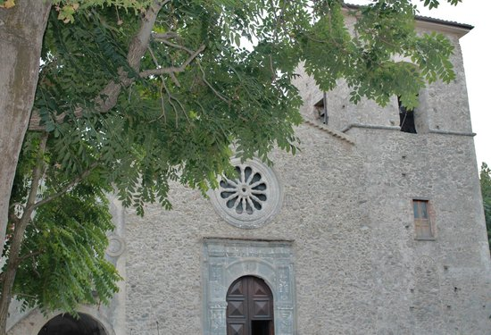 Centro storico, Caccuri: L'antico Convento dei Domenicani