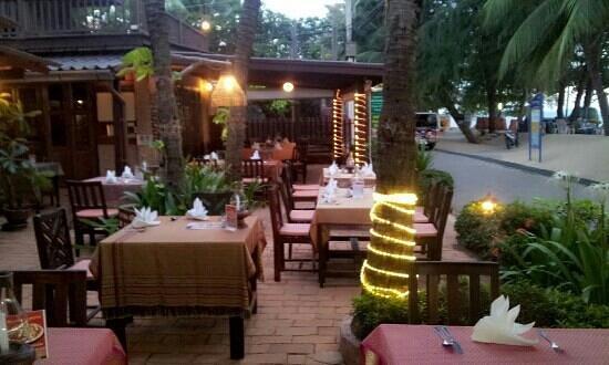 Rabbit resort pattaya 39 s grill house restaurant - The grill house restaurant ...