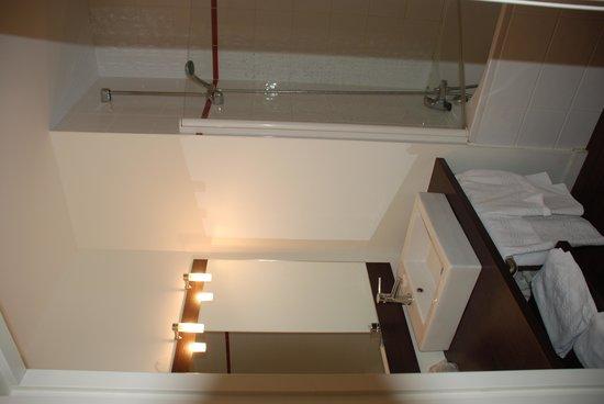 Hotel & Residence Hoteliere Duguesclin: bathroom