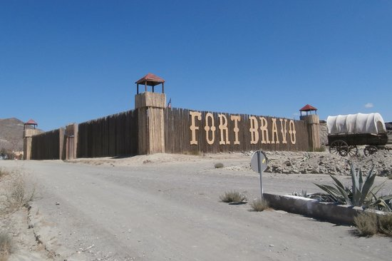 Fort Bravo Texas Hollywood : The fort
