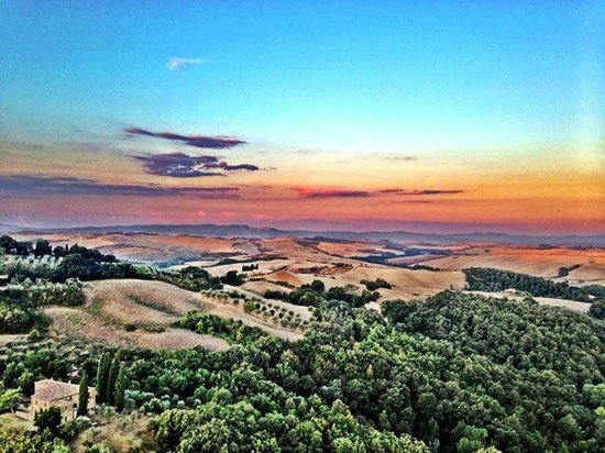 Ballooning in Tuscany: <3 <3 <3