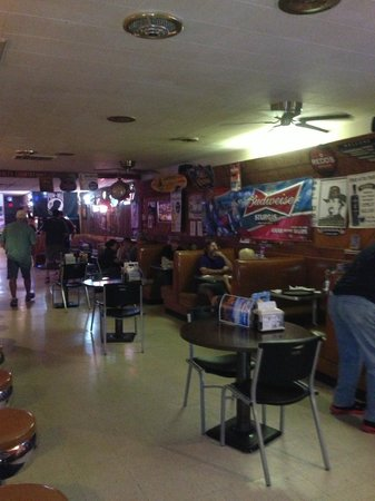 Badlands Saloon and Grille: Interior 01