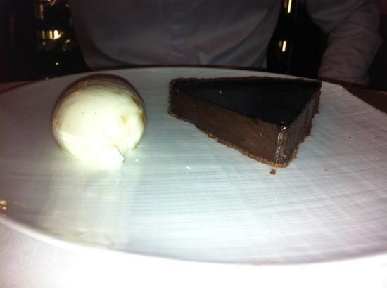 Le Bibent: tarte au chocolat de Constant fameuse