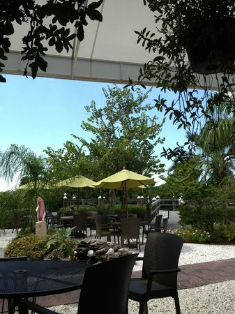 Farlow's On The Water : View of the patio and gardens