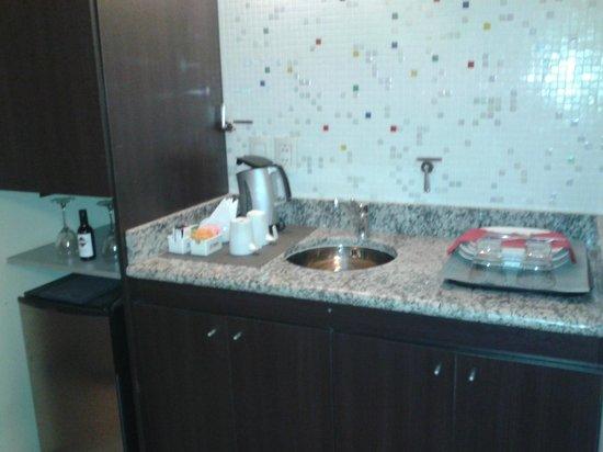 Zoom Apartments: Cocina