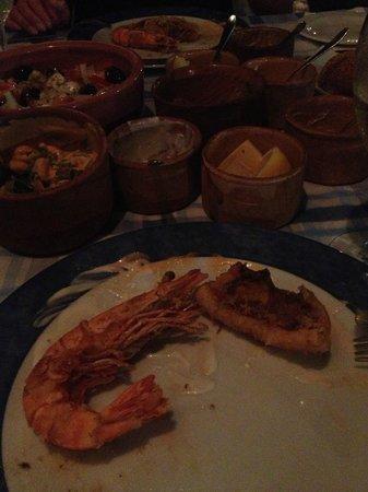 Tony's Taverna: Fish meze