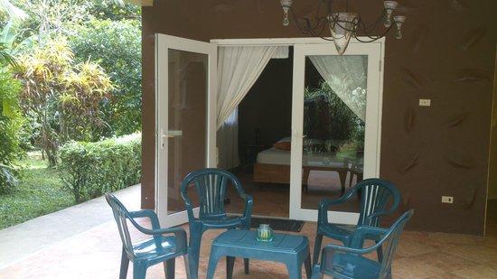 Playa Bluff Lodge: habitacion lodge