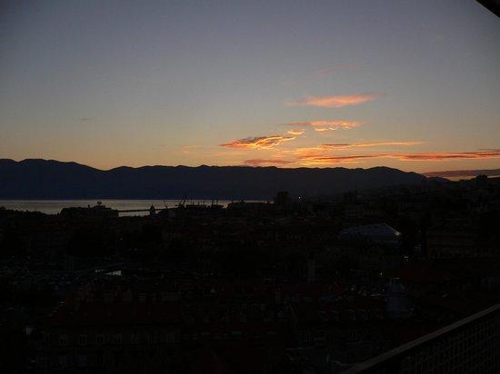 Hotel Neboder: dusk view from floor 10