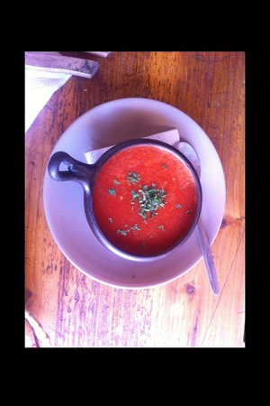 Barros Cafe: Tomato soup for entree