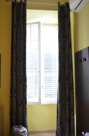 Palma Residence: Window