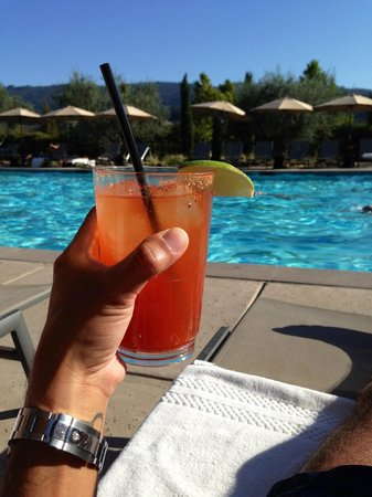 Solage, an Auberge Resort: Drinks by the pool