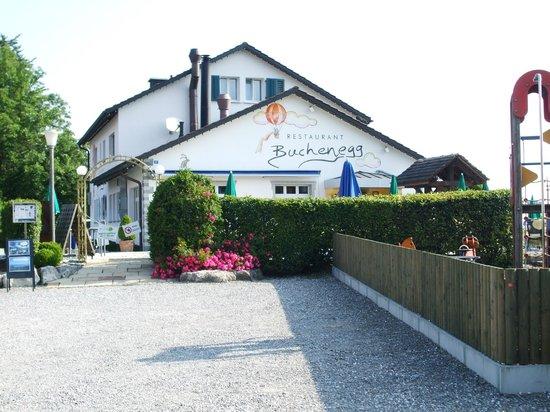 Felsenegg: Restaurant on the trail