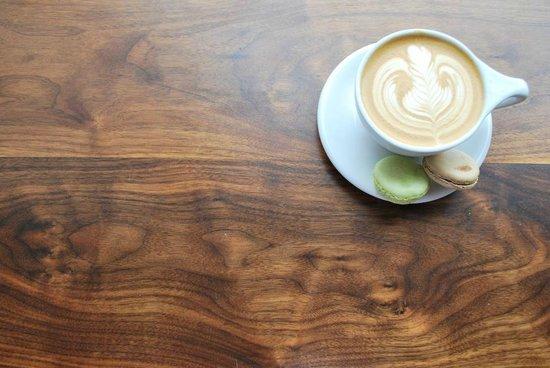 DOSE Coffee Co.: cappuccino