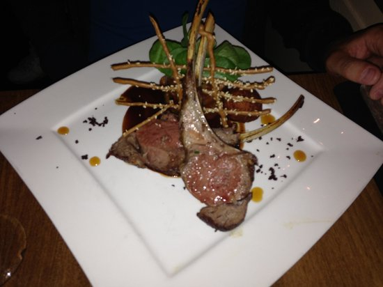 Bistro Central Parc: Rack of lamb with ratatouille