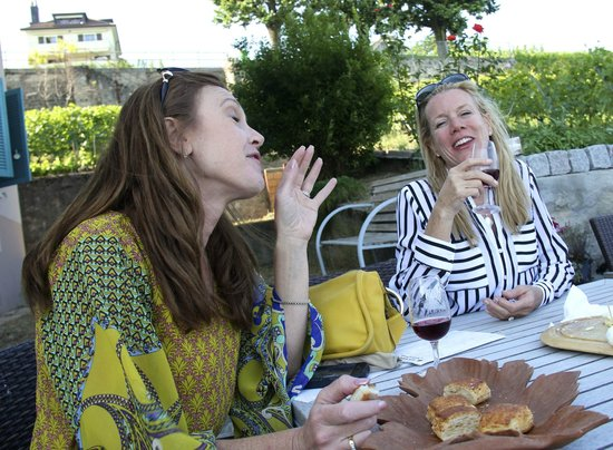 Corniche Lavaux Vineyards: wine tasting - shocker, eh?