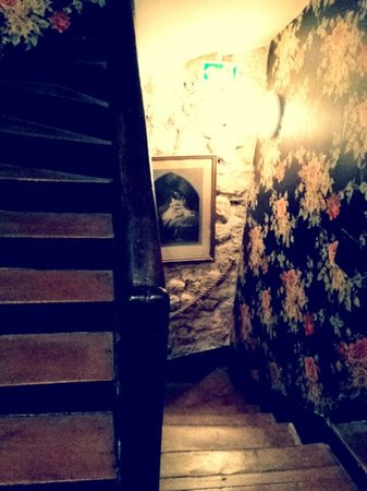 Hotel Esmeralda: Sus escaleras, únicas.