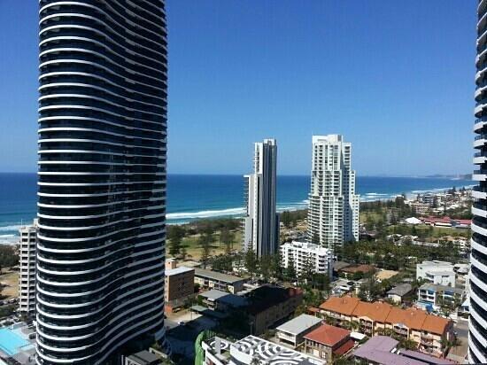 Sofitel Gold Coast Broadbeach : View from 22nd Floor Ocean View Room