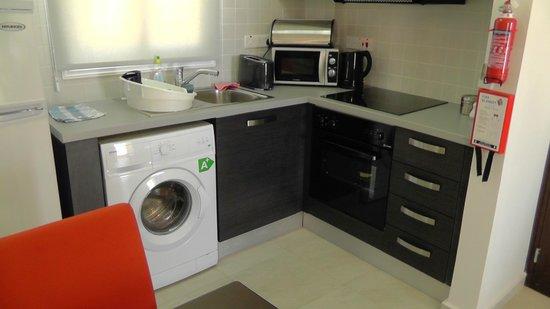 Club St. George Resort: kitchen