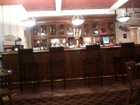 Hermann's European Cafe: Bar