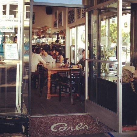 Tartine Bakery: Exterior.