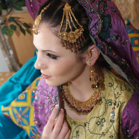 Silk & Stone Holistic Spa: Indian Bridal Makeup