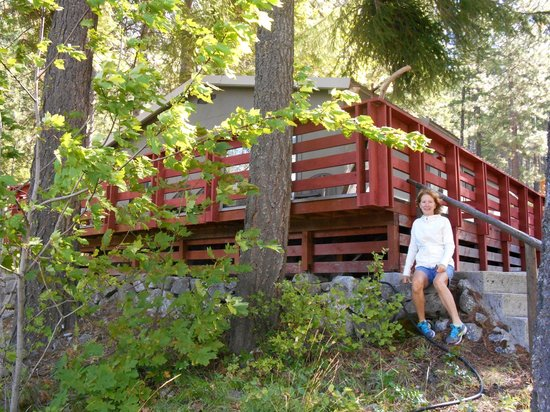 North Cascades Lodge at Stehekin: Unit #1 (2 bedroom cabin with nice deck)