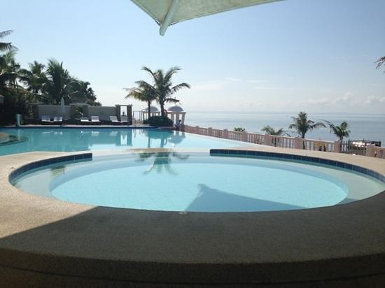Bearland Paradise Resort : jacuzzi