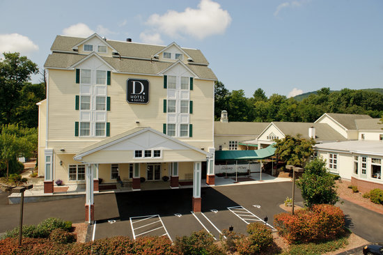 D. Hotel & Suites: Front View