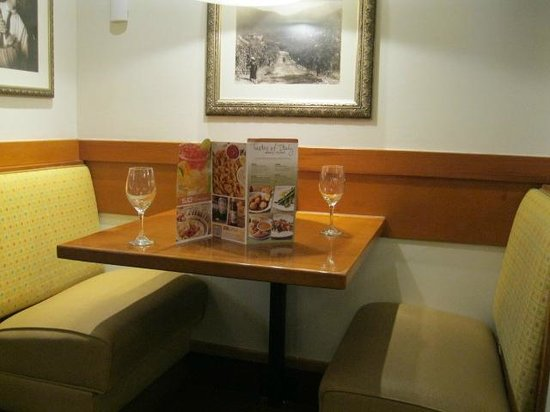 Booth picture of olive garden north myrtle beach tripadvisor What time does the olive garden close