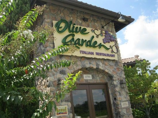 Entrance picture of olive garden north myrtle beach tripadvisor What time does the olive garden close