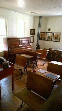 Stately Oaks Plantation: Inside the schoolhouse