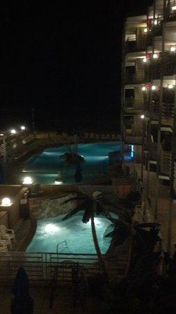 Royal Hawaiian Beachfront Resort: Great Pool