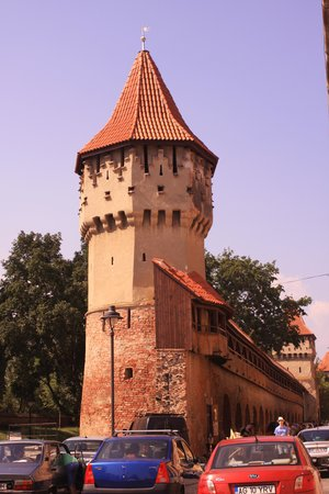 Pensiunea Cardinal: One of the Guild Towers in Sibiu