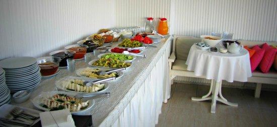 Sultanahmet Hotel: buffet