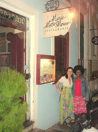 Maria Mata Mouro : A hostes super fofa do restaurante e eu